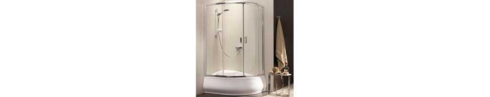 Pažemintos dušo kabinos su giliu padėklu